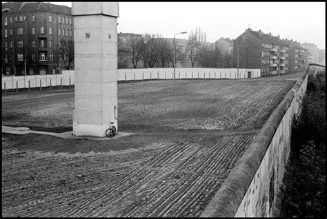len berlin 89 best images about berlin wall on soldiers