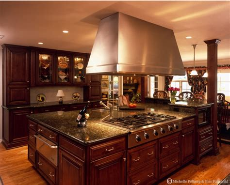 Tuscan Kitchen by Tuscan Style Kitchens