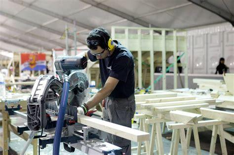 cr firenze piccole imprese distretti industriali bene l export di pelletteria oro e