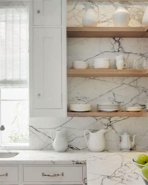 marble backsplash kitchen 25 best ideas about marble kitchen countertops on