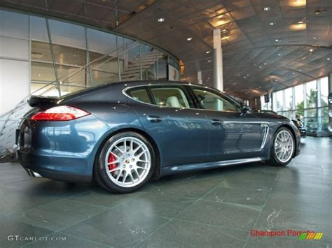 porsche panamera yachting blue 2010 yachting blue metallic porsche panamera turbo