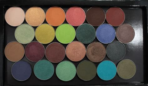Lipstick Palette Pixy makeup eyeshadow swatches and z palette review