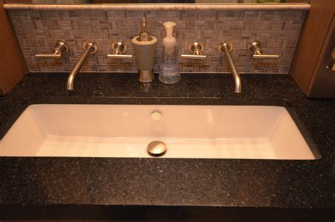 wide bathroom sinks this wide sink what brand and model