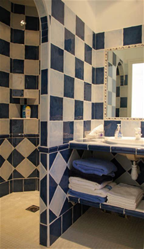 Supérieur Modele De Salle De Bain Marocaine #1: salle-de-bains-marocaine-1.jpg