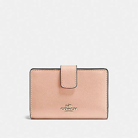 Coach F54010 Crossgrain Leather Medium Corner Zip Plat Diskon coach f54010 medium corner zip wallet in crossgrain leather imitation gold pink coach