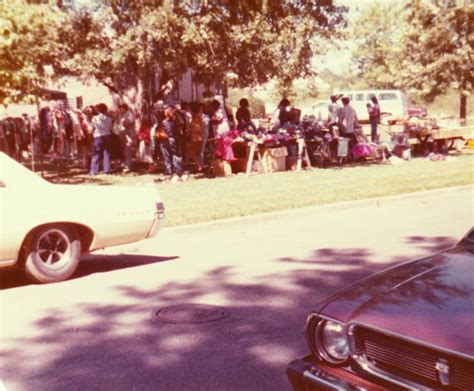 what s the difference between a yard sale an estate sale