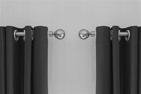 gordijnen grijs ringen gordijnen grijs ringen 2 grijze gordijnen met ringen van