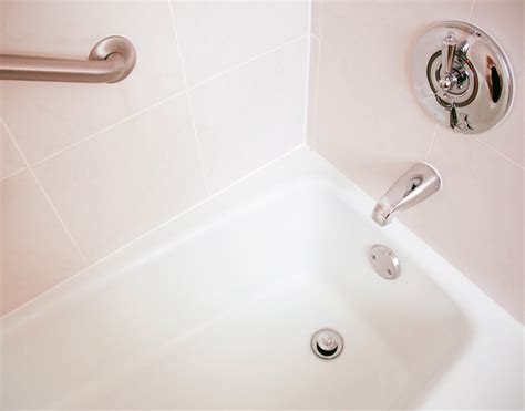 bathtub repair singapore porcelain bathtub repair 28 images porcelain bathtub repair protective coating