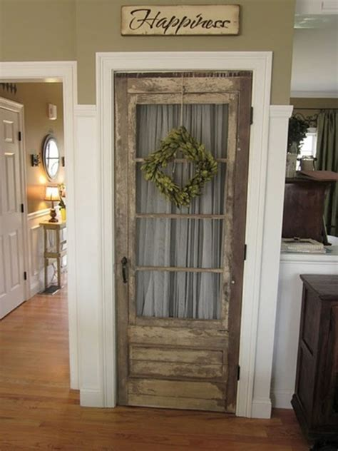 creative ways  reuse   screen door interior design