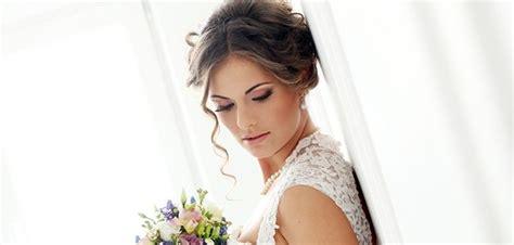 Hochzeitsfrisur Verspielt by Der Romantische Look F 252 R Die Hochzeit Friseur