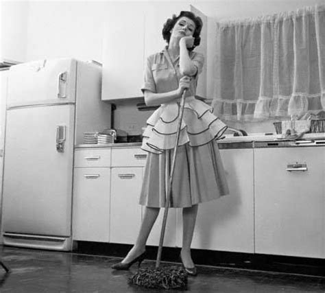 50s housewife 50s housewife retro housewife pinterest 50s