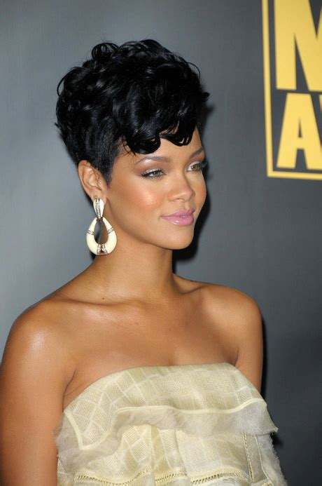 short hairstyle curly on top rihanna short curly hairstyles