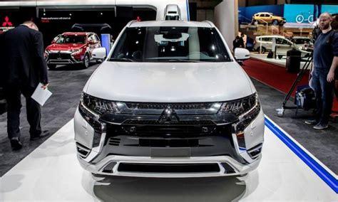 Mitsubishi Outlander 2020 Review by 2020 Mitsubishi Outlander Review Phev Version Nissan