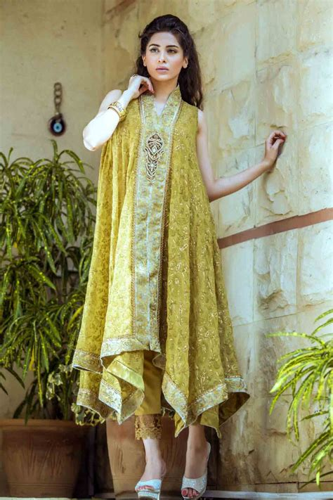 Bridal Dresses And Prices by Mehndi Dresses With Price For Bridals Fashioneven