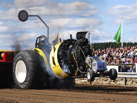 tractor pulling wallpaper wallpapersafari