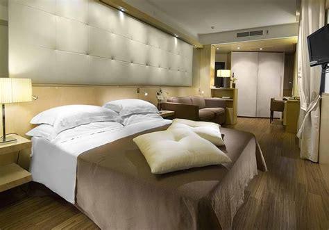 arredamenti hotel co ra ma contract arredi di qualit 224 per hotel ascom pesaro
