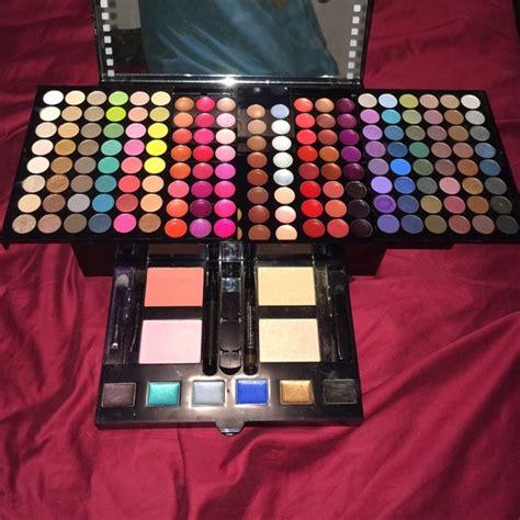 Sephora Makeup Kit 88 sephora other sephora makeup kit from amanda s