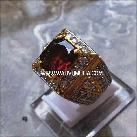 Batu Cincin Garnet Hitam batu cincin permata garnet kode 128 wahyu mulia