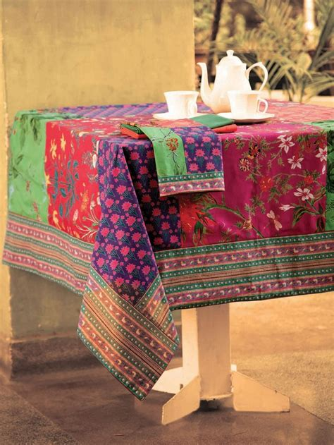 Patchwork Tablecloths - phoebe patchwork tablecloth toalhas de mesa