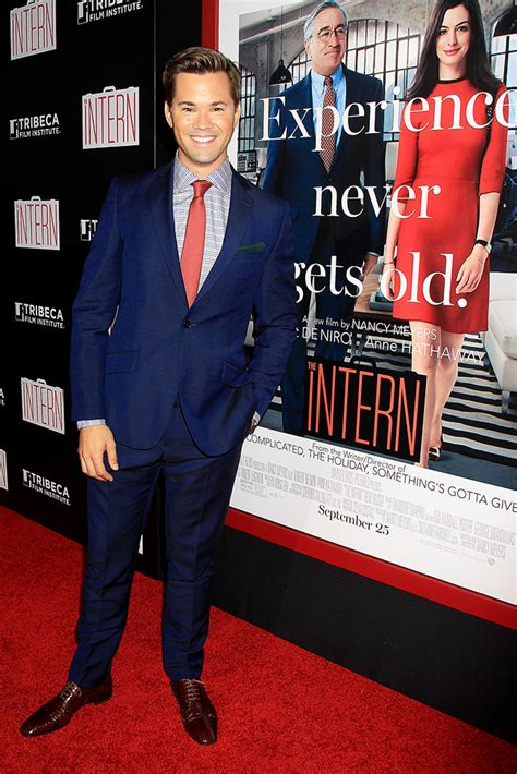 Time Warner Mba Internship by De Niro Hathaway Win The Intern Time Warner