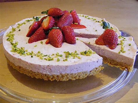 kuchen mit knusperboden erdbeer torte mit knusperboden rezept mit bild