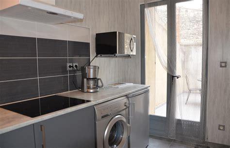 cuisine 駲uip馥 pour studio studio romantique avec terrasse la maison d olivier