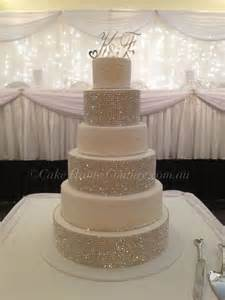 bling wedding cakes 25 best ideas about bling wedding cakes on rhinestone wedding cakes rhinestone
