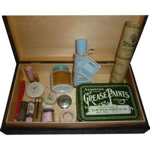 Makeup Vanity Box Beauty Products Amp Make Up 1920 S 1960 S As Found In Old
