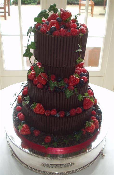 italian wedding cakes decorations with fruits   Chocolate