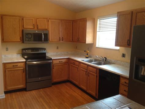 kitchen cabinets cincinnati cabinet color change in cincinnati oh