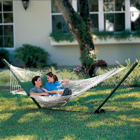 the pawleys island oversized rope hammock hammacher