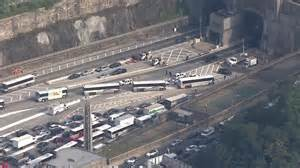 lincoln tunnel traffic report inbound center of lincoln tunnel closed after