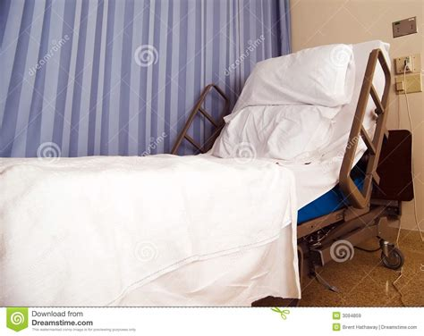 free hospital beds hospital bed royalty free stock images image 3094859