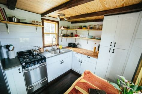 Chimera Stove Wind River Tiny Homes Customizes A Popular Floorplan With