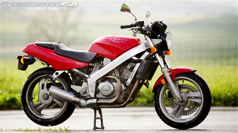 Honda Dream by Honda Hawk Gt Born Before Its Time Motorcycle Usa