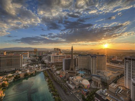 And Tear It Up In Vegas This Weekend by Las Vegas Beyond The Sunset