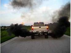 Duramax Smoke - YouTube Lifted Duramax Diesel Blowing Smoke