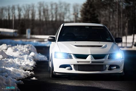 white mitsubishi evo wallpaper mitsubishi evo 9 wallpaper 69 images