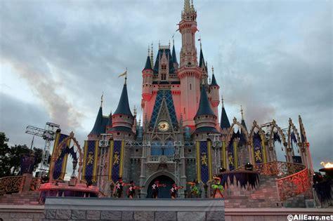 villains mix  mingle castle show mickeys   scary halloween party magic kingdom