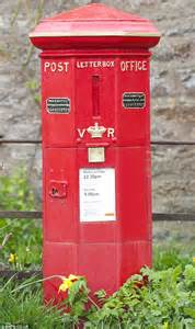 Wedding Post Box York by Britain S Oldest Postbox Is Still In Use After 161