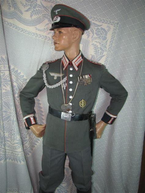 complete uniform of a german air force general item recuni 1 2 gwu 0067 db ww ii german artillery nco full dress