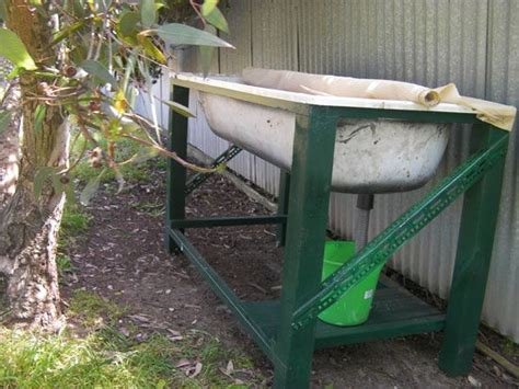 bathtub worm farm 25 best ideas about old bathtub on pinterest easy