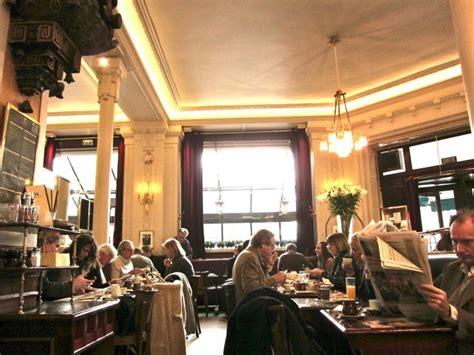 klein cafe interieur les deux magots parijsonline