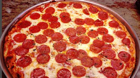 cuisine pizza image gallery food pizza