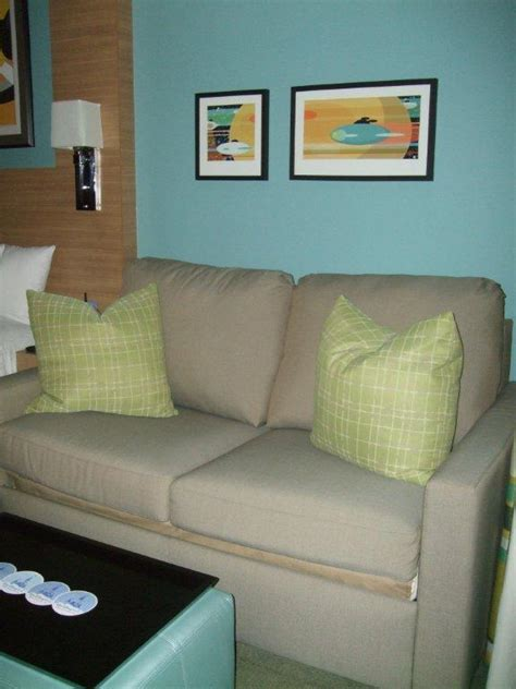 couch tower disney vacation club bay lake towers couch area on the