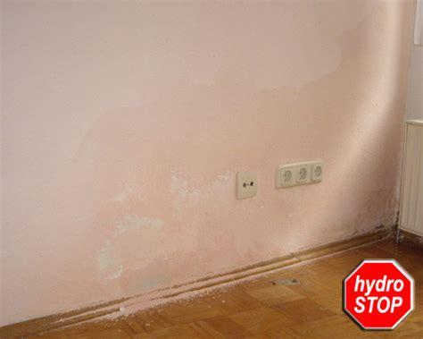 Wand Ist Nass by Wohnraum Feucht Feuchtigkeit Schimmel Wasserflecken