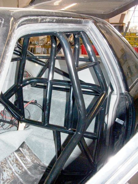 G Shock Anti Air Black List White cage around seat soldaduras welding chasis suspensiones