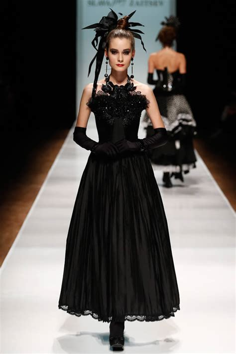 Its Electric Couture In The City Fashion by Can Haute Couture Maintain It S Relevance Within A Fast