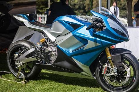 Schnellstes E Motorrad by 350 Km H Schnellstes Motorrad Aus Serienproduktion Ist