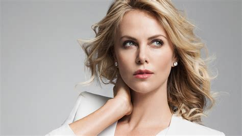 Style Charlize Theron Fabsugar Want Need by чувство стиля шарлиз терон в блоге Sokolov